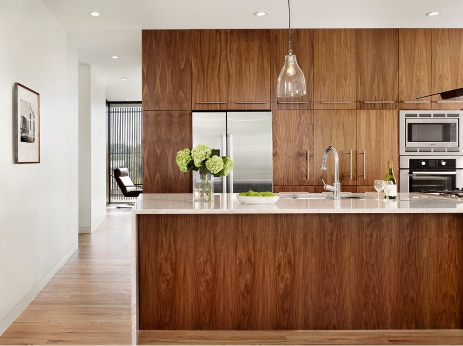 کابینت مدرن با طرح چوب در دکوراسیون آشپزخانه مدرن