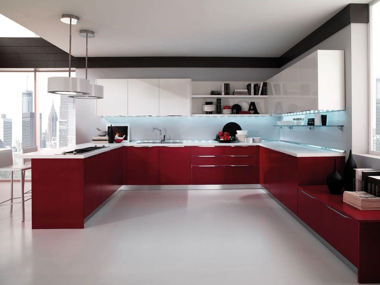 کابینت مدرن قرمز در دکوراسیون آشپزخانه مدرن