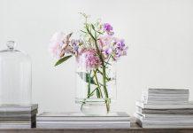 تصویر شاخص تزیین خانه با گل مصنوعی