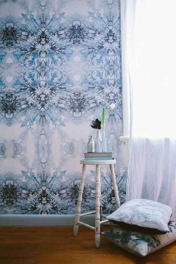 کاغذ دیواری آبی آسمانی