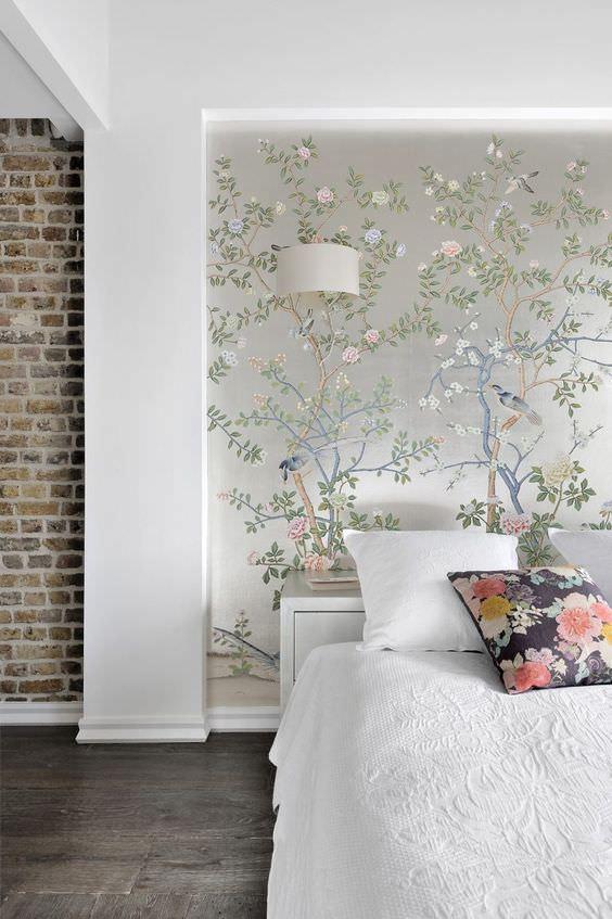 استفاده از کاغذ دیواری باجنس پلی استری برای اتاق خواب