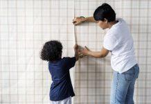 تصویر شاخص از بین بردن درز کاغذ دیواری