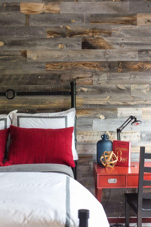 کاغذ دیواری اتاق نوجوان با طرح چوب و رنگ قهوه ای