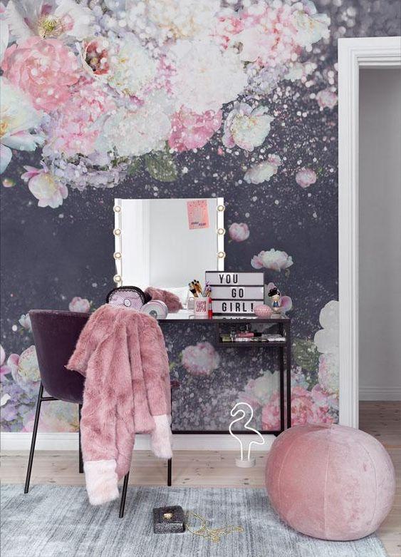 :کاغذ دیواری اتاق نوجوان دختر با طرح گل و رنگ سرمه ای
