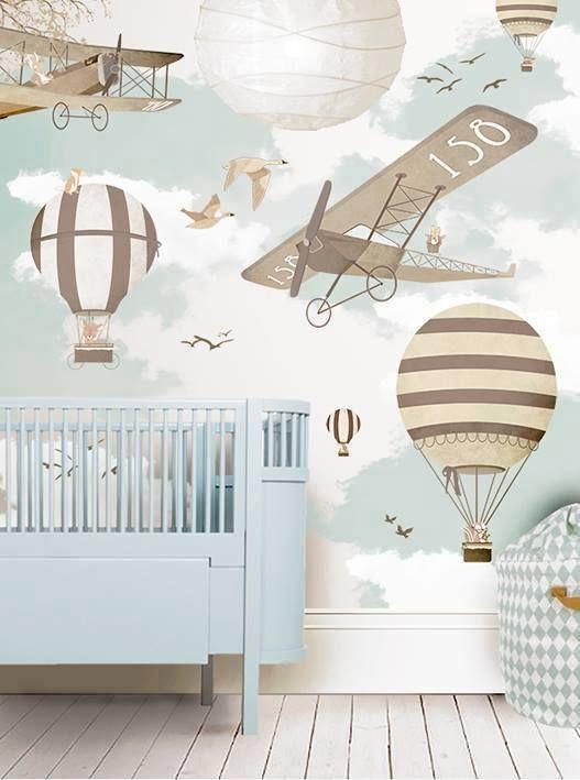 کاغذ دیواری اتاق نوزاد با طرح بالون و رنگ آبی آسمانی
