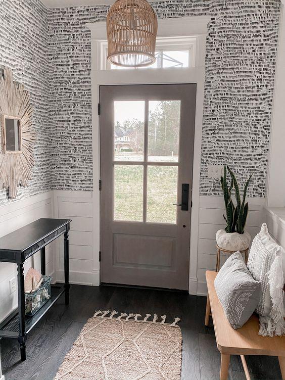 کاغذ دیواری راهرو با رنگ طوسی