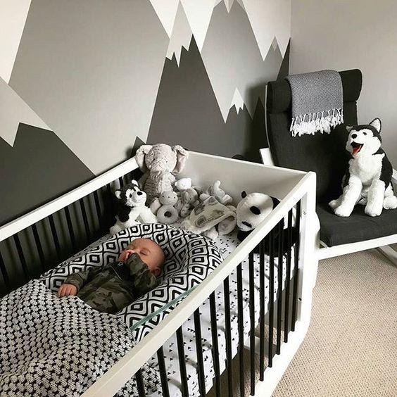 کاغذ دیواری اتاق نوزاد با طرح کوه و رنگ طوسی