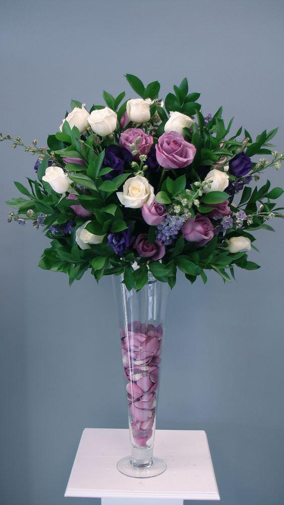 تزئین گلدان شیشه ای با گل مصنوعی و صدف