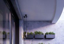 گلدان های دیواری به رنگ مشکی مناسب برای بالکن های کوچک