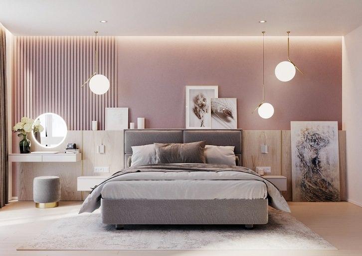 دکوراسیون صورتی و طوسی اتاق خواب که دیوار پشت تخت صورتی و تخت خواب خاکستری است