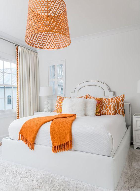 اتاق خواب با رنگ سفید و نارنجی پرتقالی
