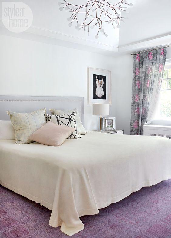 اتاق خواب بنفش و سفید