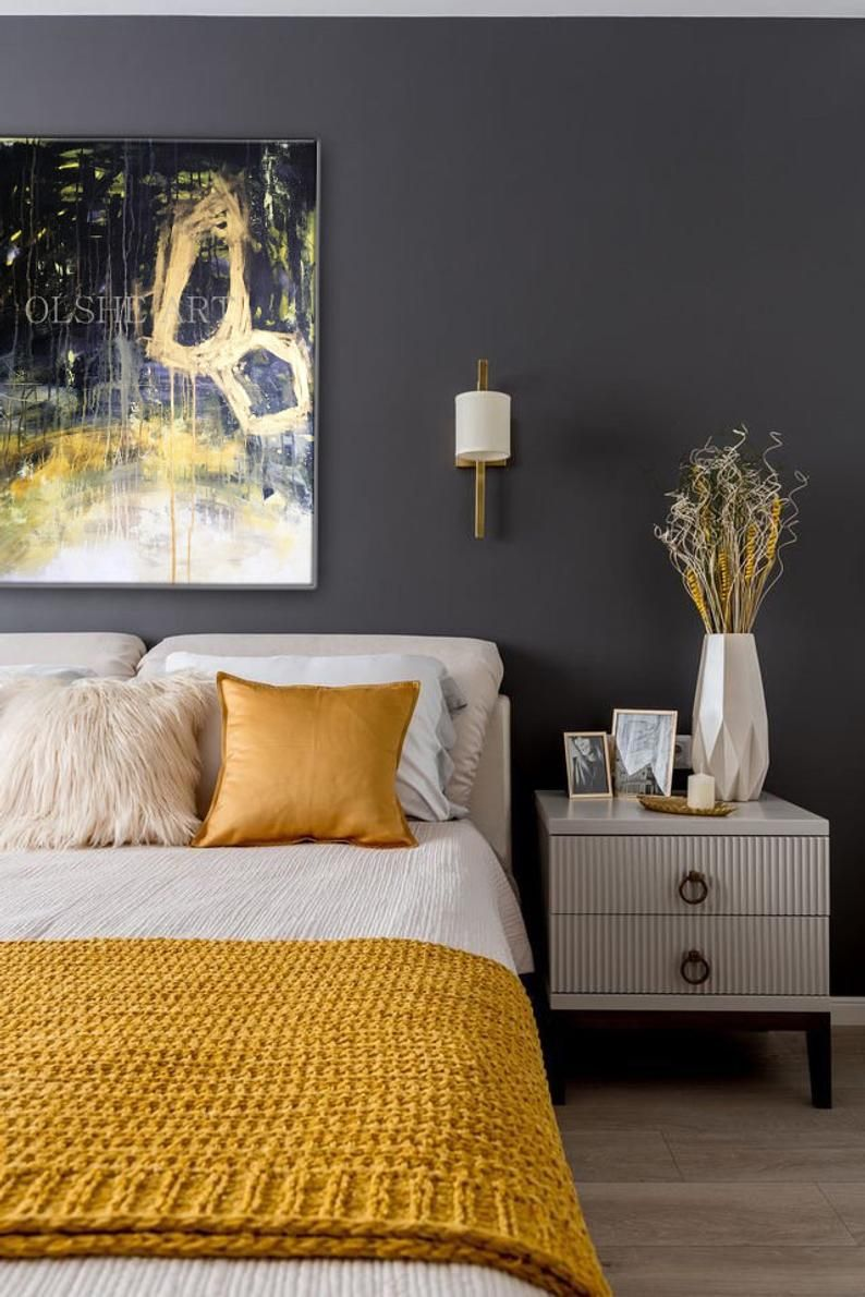 دکوراسیون اتاق خواب طوسی زرد