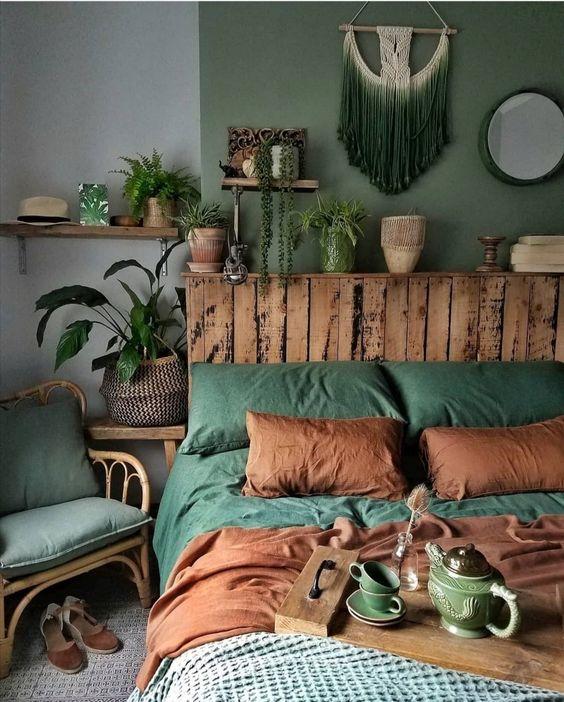 دکوراسیون اتاق خواب سبز و قهوه ای