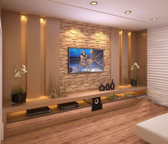 دکوراسیون دیوار پشت تلویزیون با کناف کرم و سینگ آنتیک