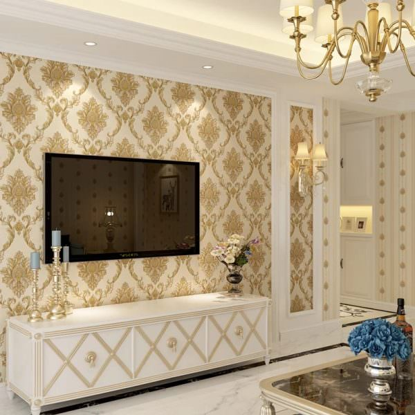 طراحی پشت تلویزیون با کاغذ دیواری کلاسیک داماسک قاب بندی شده