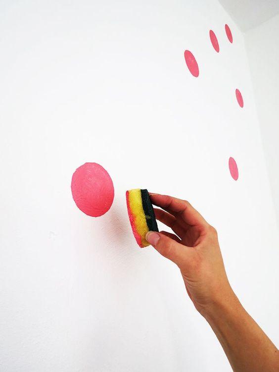رنگ امیزی دیوار با اسکاچ