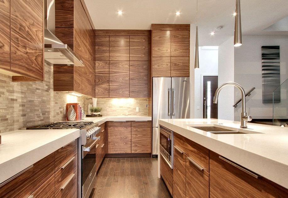 ام دی اف با روکش چوب طبیعی در کابینت آشپزخانه