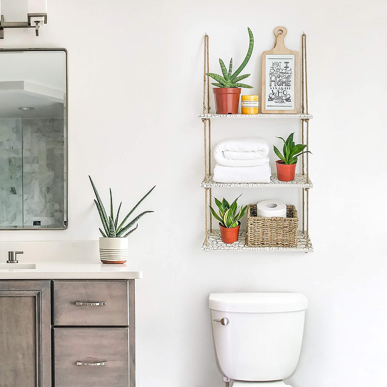 تزیین دیوار دستشویی با شلف دیواری آویز طنابی