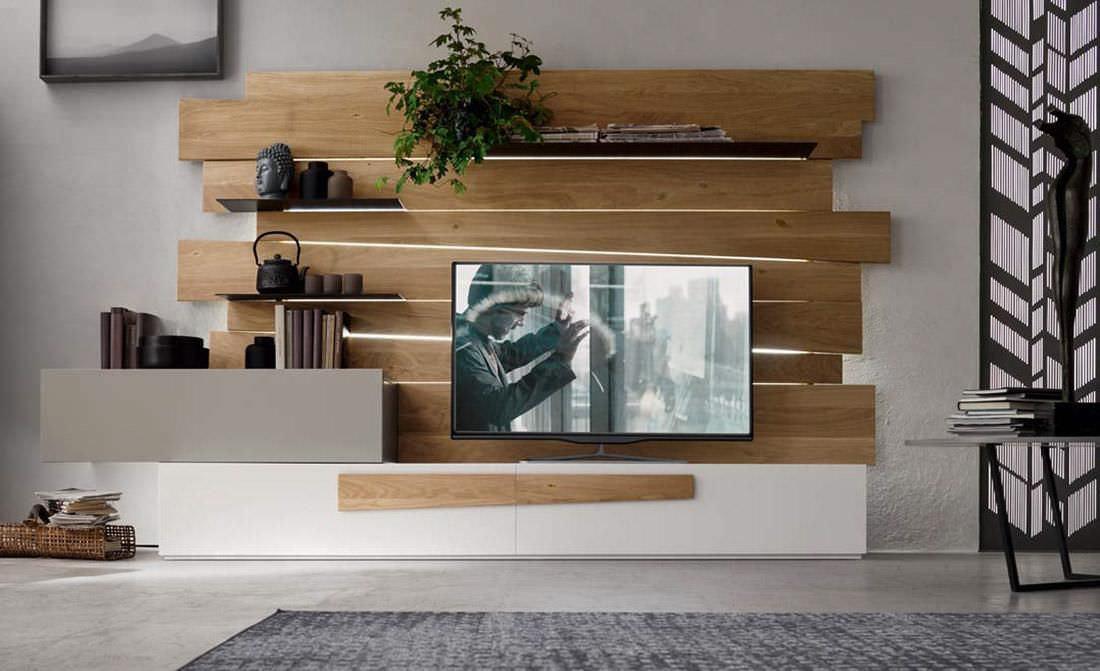دکور پشت تلویزیون با تخته های چوبی ام دی اف در نشیمن مدرن
