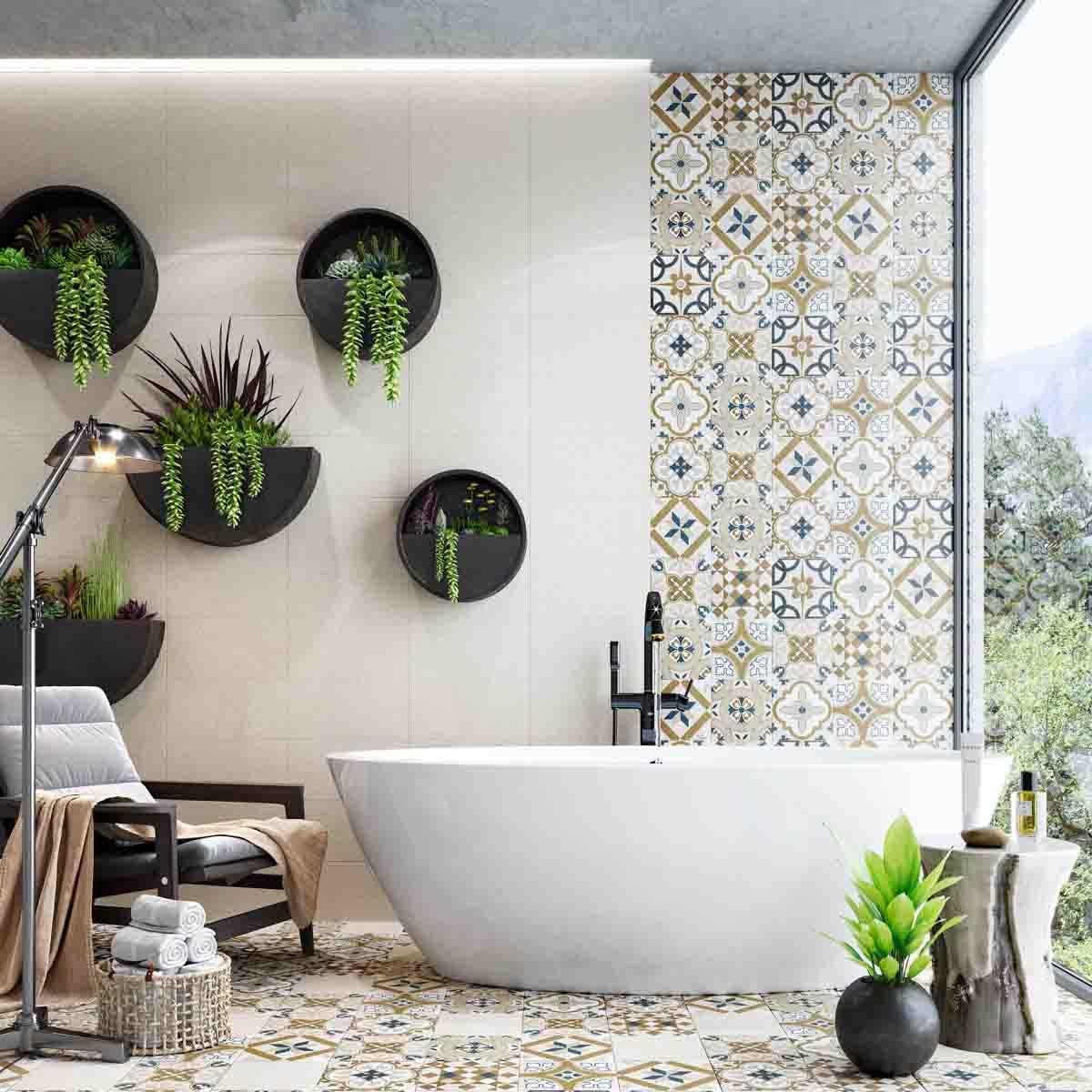 تزیین دیوار حمام و سرویس بهداشتی با نصب گلدان های دیواری مشکی